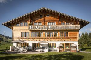 Le Petit Relais - Hotel - Gstaad