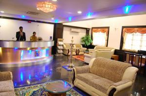Hotel Royal Sathyam, Szállodák  Tiruccsirápalli - big - 35