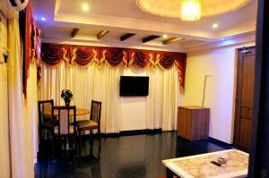 Hotel Royal Sathyam, Szállodák  Tiruccsirápalli - big - 7
