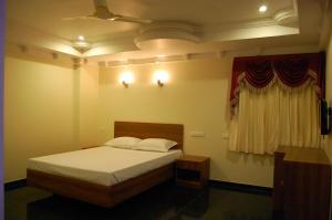 Hotel Royal Sathyam, Szállodák  Tiruccsirápalli - big - 12