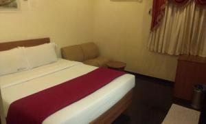 Hotel Royal Sathyam, Szállodák  Tiruccsirápalli - big - 13