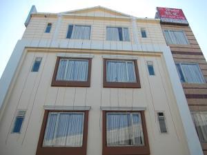 Hotel RC Residency