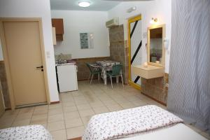 Happy Days, Apartmánové hotely  Malia - big - 31