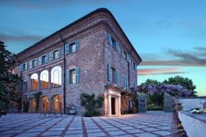 Nearby hotel : Relais Sant'Uffizio Wellness & Spa