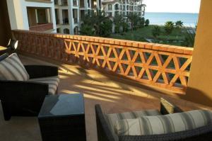 Condo Paraiso del mar 301 By Su Casa Management