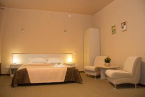 Topaz Hotel, Hotels  Kamensk-Ural'skiy - big - 8