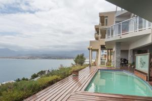 Gordon's Bay Holiday Retreats