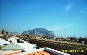 La Terrazza di Massimo, Apartments  Palermo - big - 11