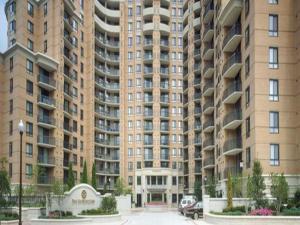 Global Luxury Suites at Pentagon City North
