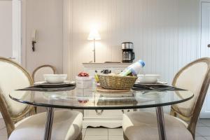 Charmants appartements centre ville, Apartmanok  Montpellier - big - 8