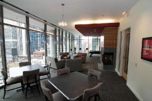 Oakwood 200 Squared, Ferienwohnungen  Chicago - big - 2