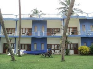 New TriStar Beach Hotel