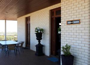 Fairway Manor Accomodation