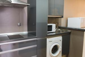 AB Apartamentos H2O, Apartmanok  Málaga - big - 2