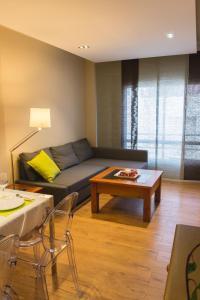 AB Apartamentos H2O, Apartmanok  Málaga - big - 13