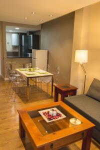 AB Apartamentos H2O, Apartmanok  Málaga - big - 8