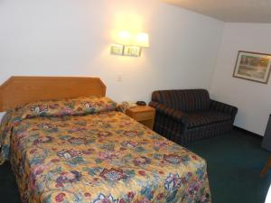 Economy Inn & Suites