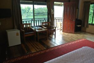Khousap Guesthouse