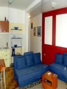Apartment Lajos, Apartmanok  Crikvenica - big - 9