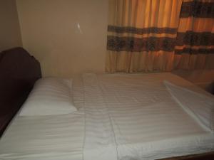 Malis Rout Guesthouse, Pensionen  Prey Veng - big - 14