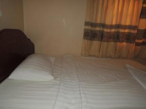 Malis Rout Guesthouse, Pensionen  Prey Veng - big - 4