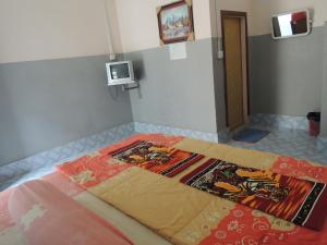 Koeu Chey Chum Neas Guesthouse, Гостевые дома  Prey Veng - big - 13