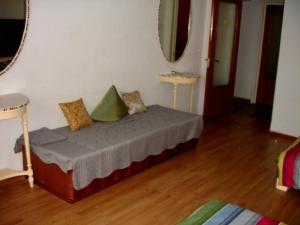 Bloc Colonadelor, Hostels  Bukarest - big - 36