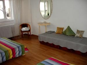 Bloc Colonadelor, Hostels  Bukarest - big - 8