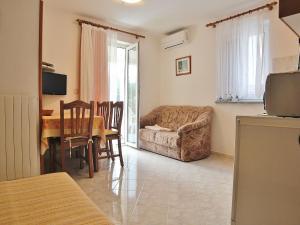 Apartments Silvano 407