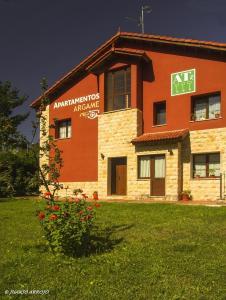 Apartamentos Rurales Argame