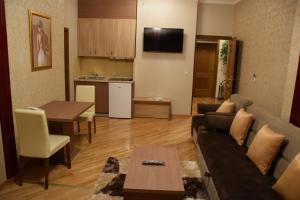 Hotel Elegance - фото 18