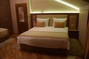 Hotel Elegance - фото 7