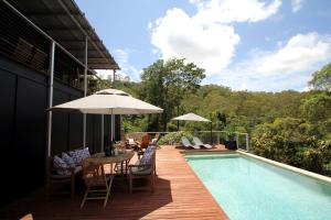 Phoenix Eumundi Bed and Breakfast