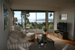 Dream Views at Arthurs Seat B & B