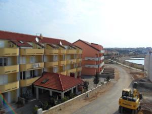 Apartments Villa Supertom, Ferienwohnungen  Povljana - big - 44