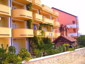 Apartments Villa Supertom, Ferienwohnungen  Povljana - big - 1
