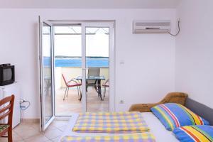 Apartments Villa Supertom, Ferienwohnungen  Povljana - big - 42