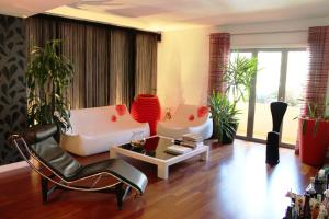 Lisbon Luxury apartment W/ garage
