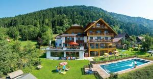 nawu´s Kinderhotel Hubertushof - Hotel - Nassfeld Hermagor