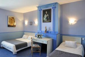 Logis Hostellerie Du Cheval Blanc, Szállodák  Sainte-Maure-de-Touraine - big - 6