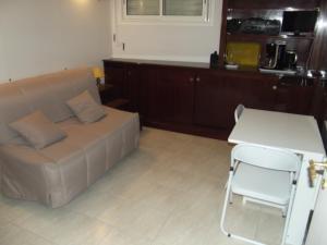 Studio Floride, Apartmanok  Nizza - big - 12