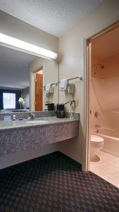 Best Western Ashburn Inn, Motely  Ashburn - big - 8