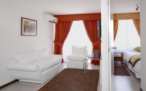 Rent A Home Bustamante Reviews