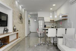 Sunset TLV Apartment Ben Yehuda 181