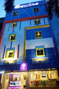 (Hotel Sanrina)