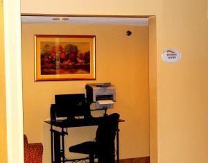 Baymont Inn and Suites Peoria, Отели  Peoria - big - 13