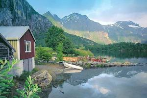 Two Bedroom Holiday home in Eresfjord 2