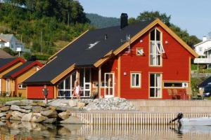 Four-Bedroom Holiday home in Bjoa 3