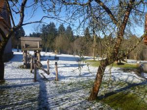 Pension Klokočí, Penzióny  Sněžné - big - 75