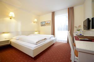 Hotel Huberhof, Hotely  Allershausen - big - 8